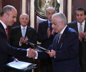 طارق شوقي يوقع على 7 عقود تعاون عالمية لتطوير التعليم المصري