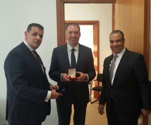 رئيس خارجية البرلمان يلتقي وزير الشئون الخارجية الألماني لبحث سبل التعاون (صور)