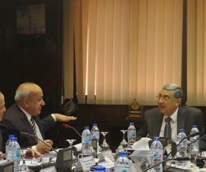 وزير الكهرباء يتابع مستوى الأداء بالإسكندرية لتوزيع الكهرباء