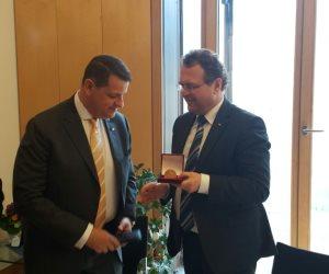 طارق رضوان يعقد لقاءات مع قيادات البوندستاج الألماني