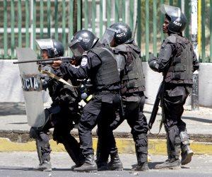 إصابة عدد من المتظاهرين في اشتباكات عنيفة بين الشرطة والطلاب بنيكاراجوا (صور)