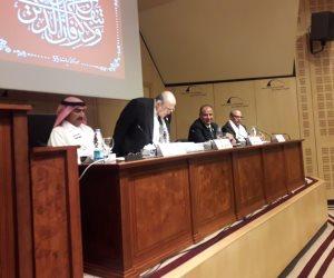 الفقي: الشيخ زايد حكيم العرب لم يكن طرفا في الصراع ولكن في الحل (صور)