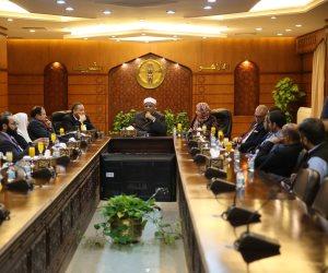 شومان خلال لقائه وفد قضاة باكستان: الأزهر معني بالمسلمين وغير المسلمين في العالم