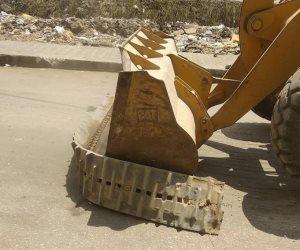 حملة لإزالة المطبات العشوائية والتعديات في مركز فارسكور بدمياط