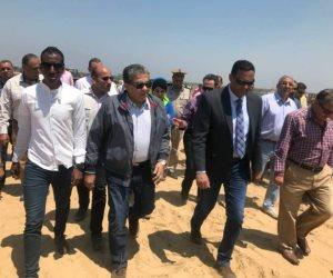 وزير البيئة يبدي إعجابه بألية سير العمل بالمدفن الصحي للمخلفات في المنوفية (صور)