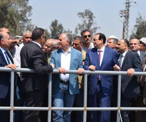 وزير الري يؤكد على الترشيد في المياه ورقابة المجاري المائية (صور)