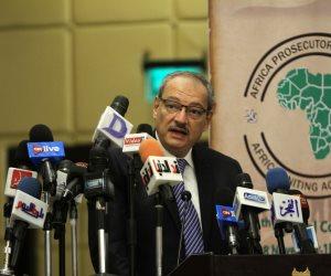 إحالة مسئول المخازن بالشركة المصرية للدواجن واللحوم للجنايات بتهمة الاختلاس