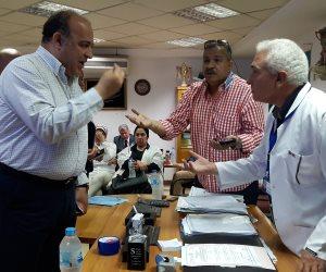 برلماني في مشادة مع مدير مستشفى الغردقة: «اتكلم مع نواب الشعب بأسلوب كويس»