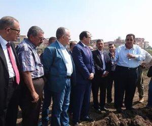 وزير الري ومحافظ الدقهلية يعاينان حقول زراعة الأرز في دكرنس