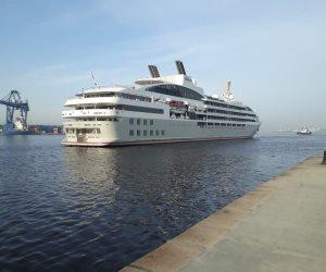 وصول 360 سائحاً لميناء الإسكندرية على متن الباخرة السياحية «لي ليريال» (صور)