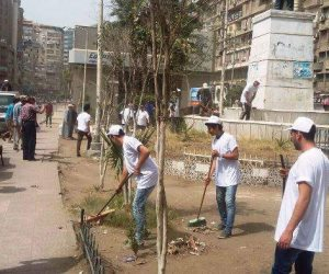 50 شابا وفتاة من أعضاء أندية التطوع بمراكز الشباب يجملون شوارع الشرقية (صور)