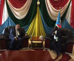 نيابة عن الرئيس.. شكري يشارك في مجلس التحرير الوطنى بجنوب السودان (صور)