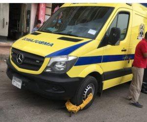"""""""كلبشة """"سيارة إسعاف أثناء انتظارها لنقل مصاب بالمنيا ومطالبات بالتحقيق في الواقعة  (صور)"""