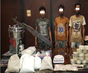 سقوط 5 متهمين بحوزتهم حشيش وبانجو وأقراص مخدرة بقصد الإتجار في الإسماعيلية