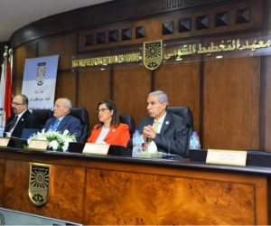 وزيرة التخطيط ترصد 5 أسباب لتراجع العجز في ميزان المعاملات التجارية