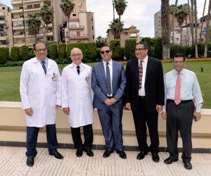 رئيس جامعة المنصورة يتفقد أحدث غرفة عمليات بمركز  الدكتور محمد غنيم (صور)