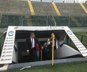 بريزنتيشن واتحاد الكرة ينهيان ترتيبات معسكر الفراعنة في إيطاليا (صور)