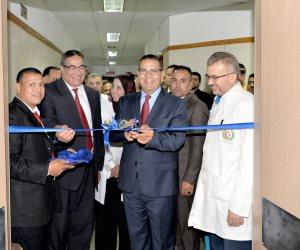 """رئيس جامعة المنصورة يفتتح تجديدات 21 عناية مركزة بمستشفى الباطنة التخصصى""""بالصور"""""""