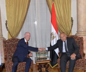 وزير الخارجية يستقبل نظيره الهولندي لتعزيز العلاقات الثنائية (صور)