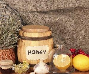 علاجات طبيعية للحد من أعراض التهاب الشعب الهوائية.. كلمة السر في العسل