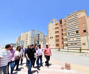 الوزير يكلف بطرح أول 500 وحدة بالإسكان المتميز بالعلمين الجديدة (صور)