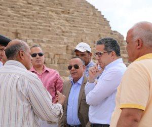 وزير الآثار يشارك في جولة تفقدية بمنطقة أهرامات الجيزة (صور)