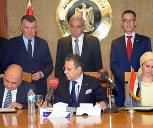 وزير التجارة يشهد توقيع بروتوكول تعاون بين الوزارة وشركة «إيه بي بي» العالمية