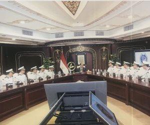 وزير الداخلية يجتمع بقيادات الوزارة استعدادا لشهر رمضان.. ويطالب بالسيطرة على الأسواق