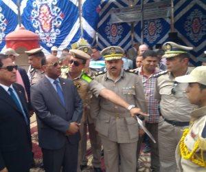 محافظ الغربية ومدير الأمن يتفقدان «أسواق تحيا مصر» بالمحلة (صور)