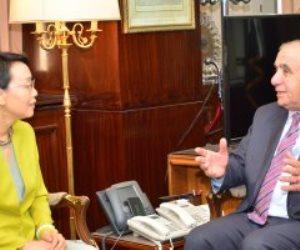 وزير التنمية المحلية يشيد بالعلاقات الثنائية مع الجانب الصيني