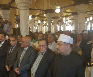 وزير الأوقاف يفتتح مسجد زغلول الأثرى برشيد ويصلى بالمواطنين (صور)