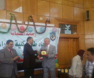 رئيس جامعة دمنهور يفتتح حفل ختام الأنشطة الطلابية بكلية الزراعة لعام 2018