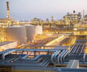 مصر قبلة التنقيب عن البترول بالشرق الأوسط.. كيف جذبت القاهرة أنظار الشركات العالمية؟