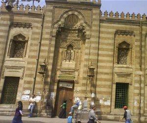 وزارة الأوقاف توافق على فرش مسجدين وإعانة 70 ألف جنيه لثلاثة مساجد أخرى (مستندات)