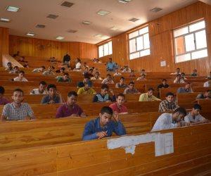 رئيس جامعة الأزهر فرع أسيوط يتفقد لجان الامتحانات