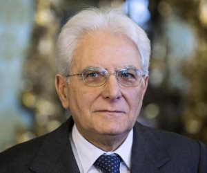 رئيس إيطاليا يجرى مشاورات بعد اقتراح الشعبويين كونتى رئيساً للحكومة