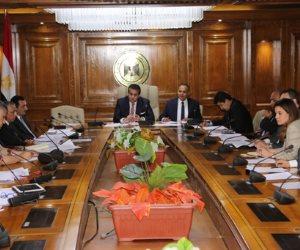 وزير التعليم العالي يبحث آليات تطبيق توصيات المؤتمر القومي