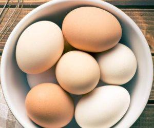 «عشان أساسي على السحور».. ازاى تعرف إن البيض طازج