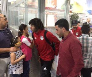 منتخب مصر يصل مطار القاهرة.. كيف يستعد كوبر للقاء أوروجواي؟ (صور)