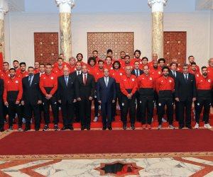 لو حضر السيسي مباراة مصر وأوروجواي.. أين يجلس الرئيس باستاد يكاتيرنبورج؟ (فيديو)