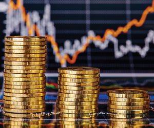 كيف تحمي وزارة المالية الموازنة العامة من زيادة العجز؟.. خبير اقتصادي يجيب
