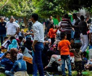 ما تفرحش بالعيد وتضيع ولادك.. 8 نصائح لتجنب خطف الأطفال في الأماكن العامة