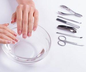 4 وصفات سحرية.. دليلك للحصول على أظافرة صحية في المنزل