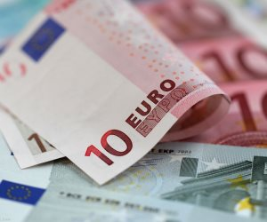 سعر اليورو اليوم الثلاثاء 26-6-2018.. تباين في أداء العملة الأوروبية