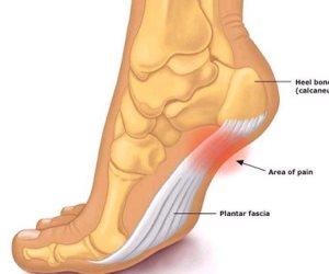خطوة رجلك هتجيبك.. متى تعتبر آثار الأقدام دليلا ماديا في الجرائم كبصمات الأصابع؟