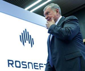أمريكا تطلب وإيران ترفض وروسيا تهدد.. نار السياسة قد تحرق سوق النفط في العالم