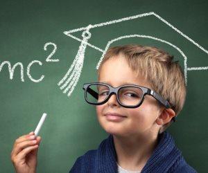 دراسة حديثة تكشف.. الذكاء إن زاد عن حده ينقلب ضده