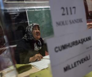 مرشح المعارضة بإسطنبول يفضح مراوغة أردغان: أتقدم بعشرين ألف صوت بعد إعادة الفرز