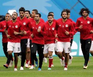مجدي عبد الغني يترنح.. مصر تسجل هدفاً (ليس ضربة جزاء) في المونديال (فيديو)