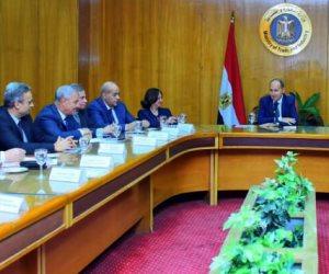 خطة الثلاث محاور.. كيف رسم وزير التجارة والصناعة طريق النهوض بالمنتج المصري؟